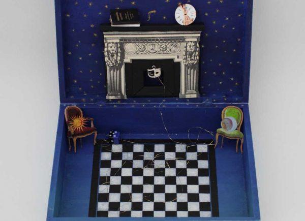 Brigitte Szenczi - Maleta escultura - 26 x 20,5 x 8 cm Maleta, objetos y collages 2014